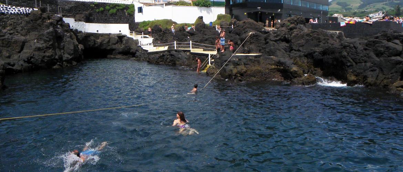 Lagoa natural dos Açores