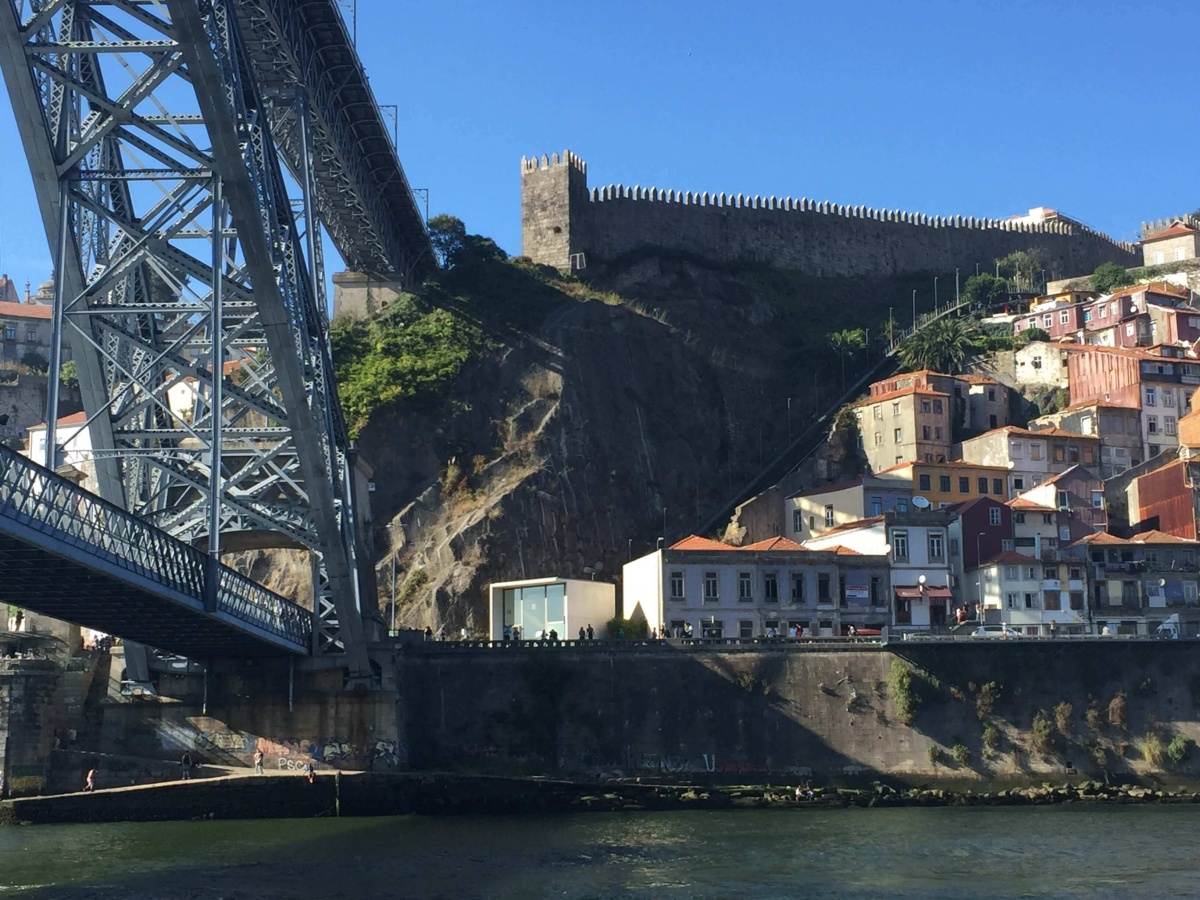 Go Fishing II, Porto