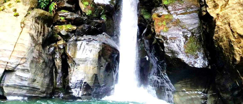 Queda de água, Açores