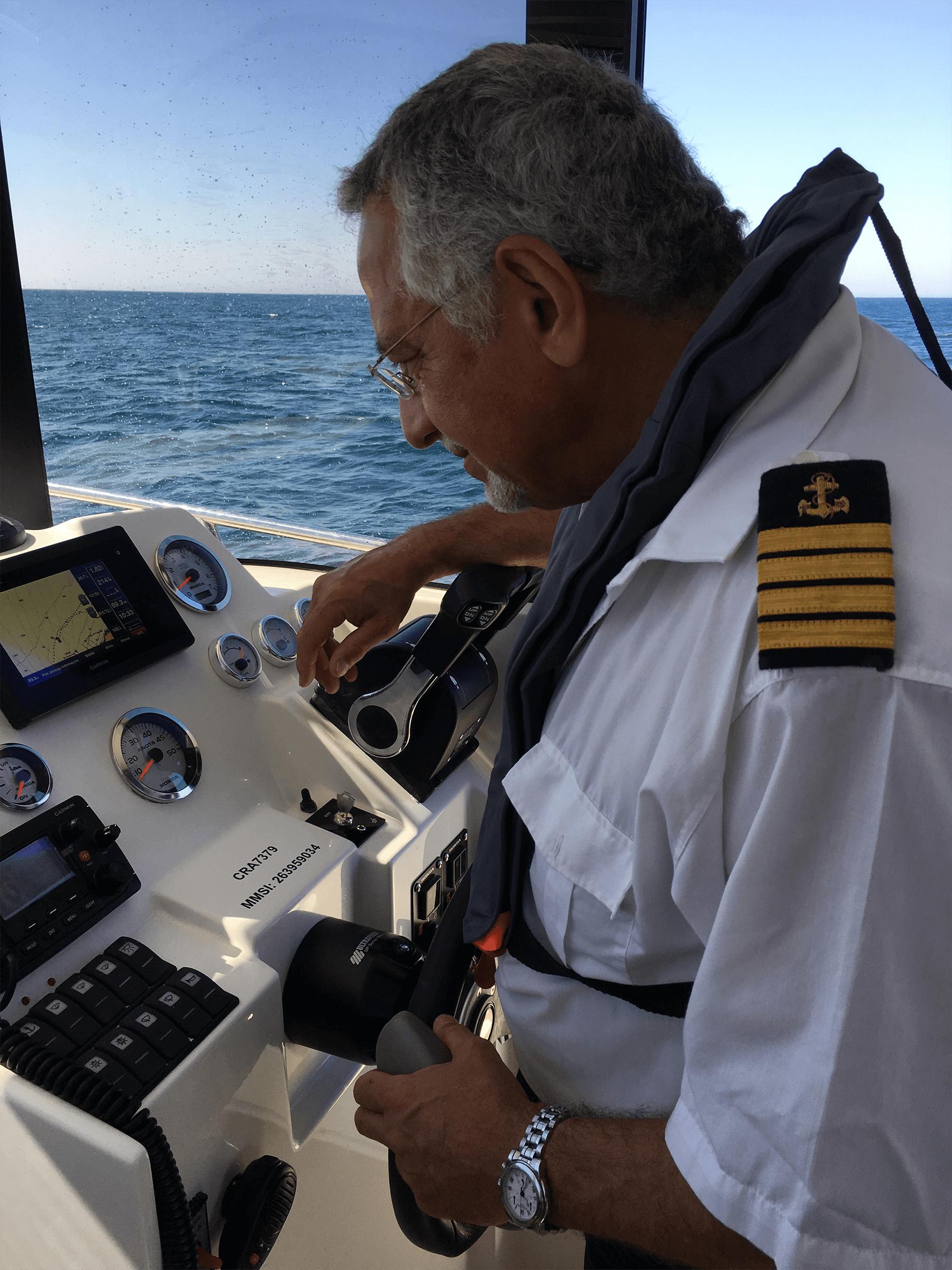 GO Fishing III, Comandante Jorge Abreu