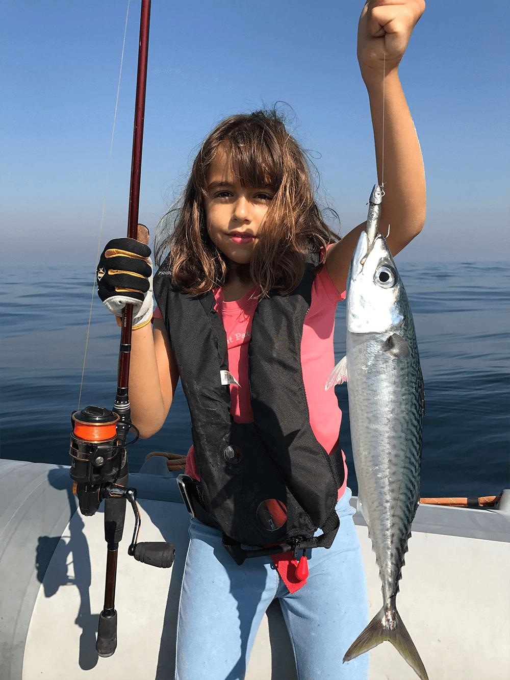 Pequena grande pescadora!